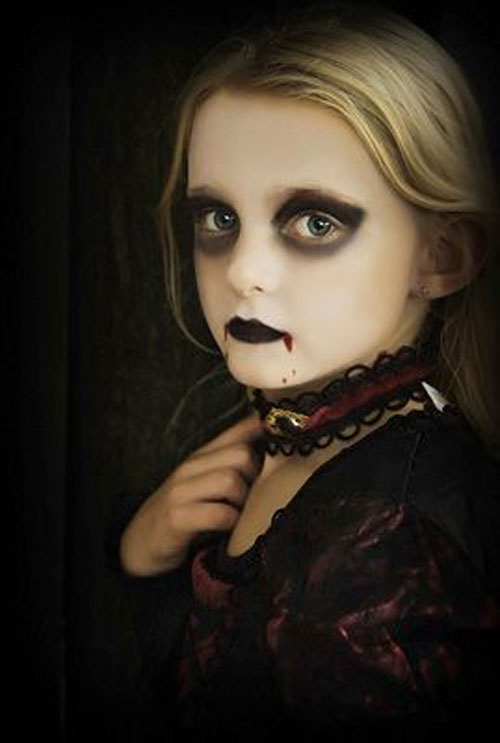 15-Vampire-Halloween-Makeup-Ideas-Looks-Trends-2015-15