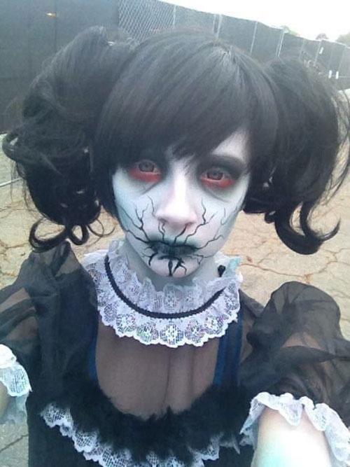 15-Doll-Halloween-Makeup-Ideas-Looks-Trends-2015-3