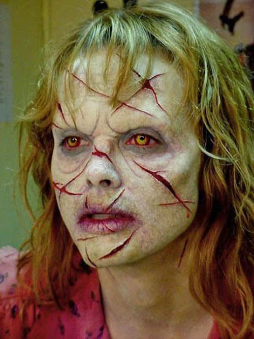 15-Zombie-Halloween-Makeup-Ideas-Looks-Trends-2015-6
