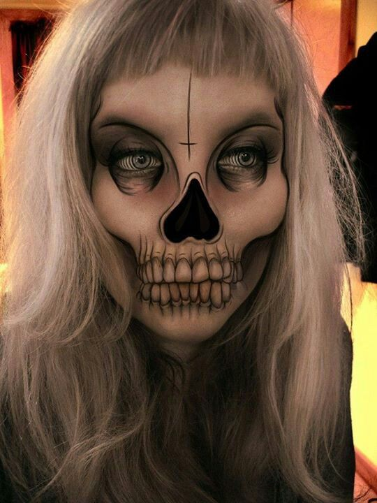 15-Skeleton-Halloween-Makeup-Ideas-Looks-Trends-2015-15