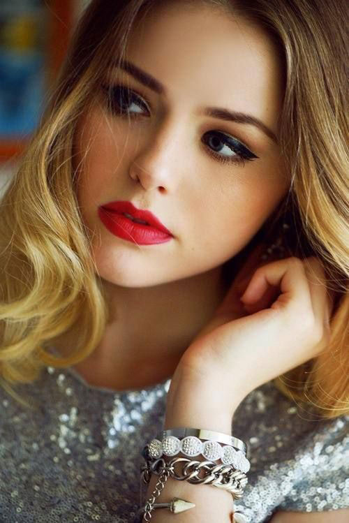 20-Valentine's-Day-Face-Makeup-Ideas-Looks-Trends-2016-16